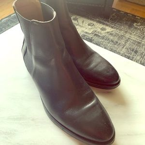 Everlane Chelsea Boots ♥️